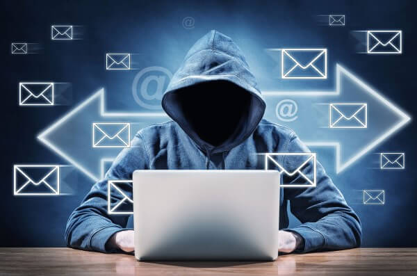 E-mail dolandırıclığı