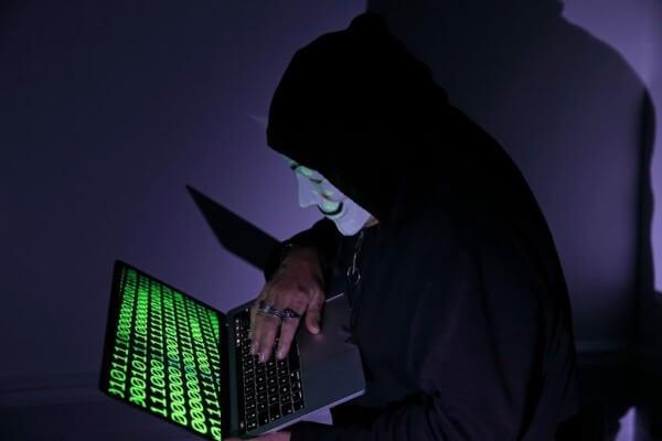 Hacker maaşları