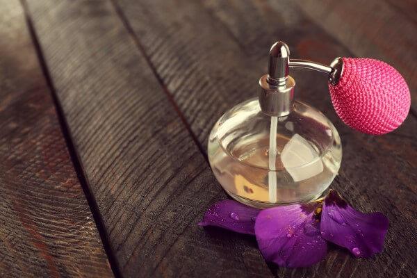 evde parfüm yapmak